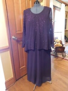 """STUNNING DARK PURPLE """"ONYX NITE"""" PLUS FORMAL MOTHER OR SPECIAL OCCASION GOWN S20"""