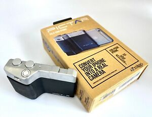 The Miggo Pictar Camera Grip for old iPhone 4S ~ 7