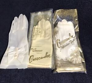 Vintage New Unused Yellow Wrist Length Stretch Nylon Gloves---8--Size 7 12 to 8--Glove Auction #7227--0219