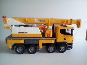 Bruder 3570 Camion Grue LIEBHERR