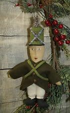 PATTERN ON CD/PRIMITIVE/CHRISTMAS/SOLDIER BOY ORNAMENT/ORNIE/VINTAGE STYLE/PT125