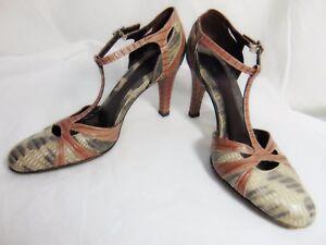 BANANA REPUBLIC Women's T-Strap High Heel Pumps Shoes 7 M Ivory Tan Grays Italy