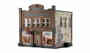 Woodland Scenics BR5871 O Assembled Records & Recruiting 2-Story Building