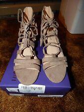 "NEW in Box Madden Girl ""Loverrr"" Gladiator Sandals  Size 8"
