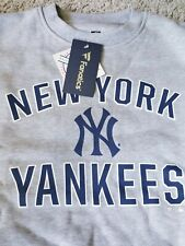 NEW New York Yankees Gray Sweatshirt Fanatics Genuine Merchandise SZ Adult Small