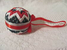 """Christmas Quilted Star Pattern Ornament Red White & Green approx 3"""" dia"""
