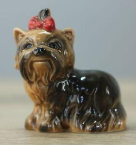 Goebel Figur 515 Yorkshire Terrier Schleife rot Höhe ca. 6,5 cm
