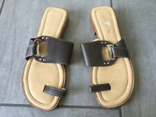 Unisa Ladies Brown Flat Sandals Size 37 / 4. Great Condition.