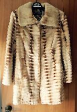 d49b99b00a2 EUC Women s Shirred Blonde Mink Fur Coat size 10 - 12