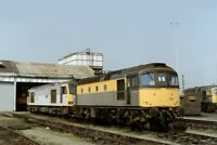 PHOTO  CLASS 33 LOCO NO 33026 - 60017 & 33052 AT HITHER GREEN DEPOT 1991