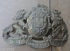 original BAYERN  Emblem  In Treue  Fest Löwen mit Staatswappen weiss