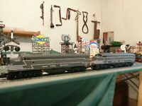 MTH Rail King E-8 AA New York Central  Diesel with horn in box & ready to work !