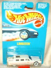 Hot Wheels 1991 International Limozeen white,pink tampos,ww's excellent card