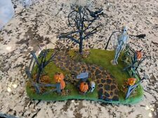 New ListingDept 56 Village Accessories Halloween Series Creepy Lighted Front Yard #56-53242
