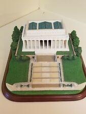 The Danbury Mint Lincoln Memorial United States Sculpture Statue Replica Model