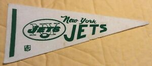"New York Jets Vintage 9"" by 4"" NFL Football Mini Felt Pennant"