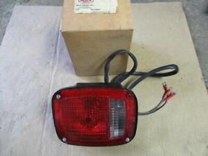 Vintage Mack Lights 14M0444R-P4  Grote 5099 9130 NOS