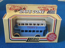 LLEDO DAYS GONE DIECAST FIGURE - TERRY'S GYMNASIUM - AEC Regent Bus - DG15020