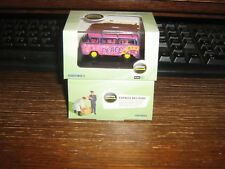 OXFORD DIE-CAST - VW BUS WITH SURF BOARDS in FLOWER POWER LIVERY - 00 / 1:76