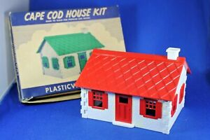 Plasticville - O-O27 - #HP-9 Cape Cod - Red - Complete - Very Good Condition