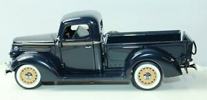 1938 FORD PICK UP TRUCK THE DANBURY MINT COLLECTIBLE DIECAST MODEL With COA