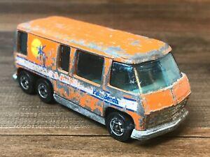Vintage Hot Wheels Palm Beach GMC Motor Home Camper 1976 Blackwall Orange