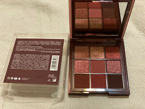 New Huda Beauty Obsessions NUDE Rich Eyeshadow Palette.