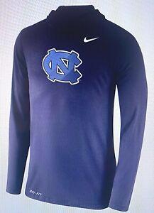 North Carolina Tarheels Nike Collectable 2017 Long Sleeve hoodie NWT's