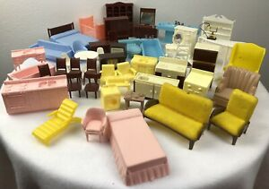 Dollhouse Furniture,Bed,TV,Chairs,Bath,Toilet,Kitchen, Plastic Vintage Lot of 50