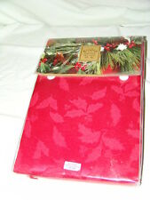 Tablecloth Lenox Holly Damask 60 X 84 Oval NIB Red