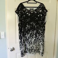 Decjuba dress size 14 aline black white summer evening silk outer