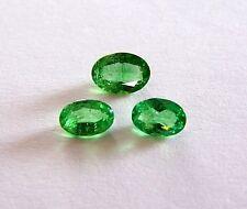 UKM   3 Tsavorit  grüner Granat   7 x 5 / 6 x 4 mm  oval  1,80 Carat