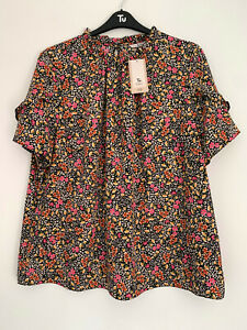 Tu ditsy print, short sleeve top, UK size 22, BNWT, wide fit, smart, office