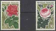 Timbres Flore Roses France 1356/7 ** lot 25257