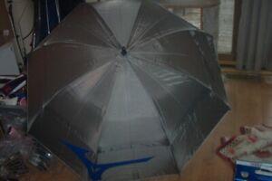 "BRAND New Mizuno golf - Staff    62"" Umbrella  grey"