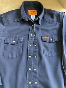 Women's Wrangler FR Flame Resistant Pearl Snap Button Work Shirt, Navy, Size L
