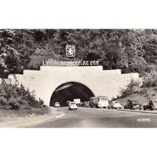 LYON lumière et son parc de la tête d'or voitures timbrée 1960