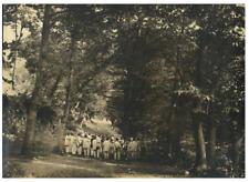 France, Pau, Bande de 24 chasseurs dans la Forêt de châtaigne  vintage print
