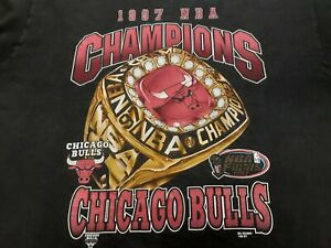 VTG 90s 1997 NBA Finals Chicago Bulls World Champions Champs Rings T Shirt XL