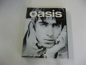"""""""Oasis"""" by Henshaw, Lee Paperback Book The Cheap Fast Free Post"""