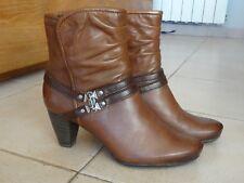 Bottes, bottines, low boots marron en cuir  -  TAMARIS  -  Pointure 37