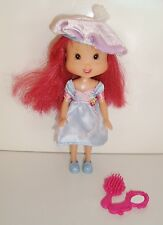 Poupée doll Charlotte aux fraises Strawberry Shortcake 2006 (16cm) robe & beret