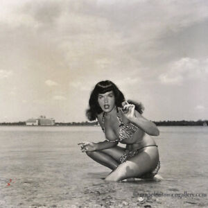 Bunny Yeager Estate Original Bettie Page Photograph 1954 Pin-up Rarity Iconic NR