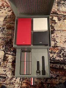 Thom Browne Samsung Galaxy Z Flip 5G SM-F700U1ZAZXAA - Mystic Gray (Unlocked)