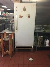 Door size Huge White Freezer with 5 sections and 6 sections one handle to open