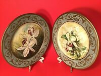 """TOYO LILLIAN AUGUST PLATES HAND PAINTED  LILIES GOLD 10 1/4"""" SET OF 2 VINTAGE"""