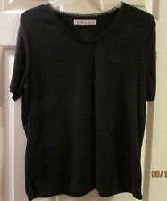 Carolyn Taylor essentials size large top with short sleeves lace around neckline