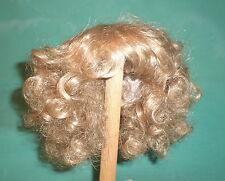 "Kunsthaarperücke blond Locken halblang 28/29/ doll wig blond curled 11/11,5"""