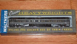WALTHERS 932-10459 PULLMAN HEAVYWEIGHT SOLARIUM-OBS 3975C SOUTHERN PACIFIC SP