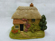Lilliput Lane Purrfect 2002 Lamplight Village Collection L2694